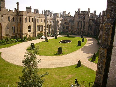 Pátio do Castelo Arundel-patio
