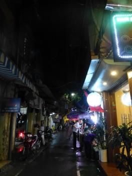 Rua do nosso hotel em Hanoi